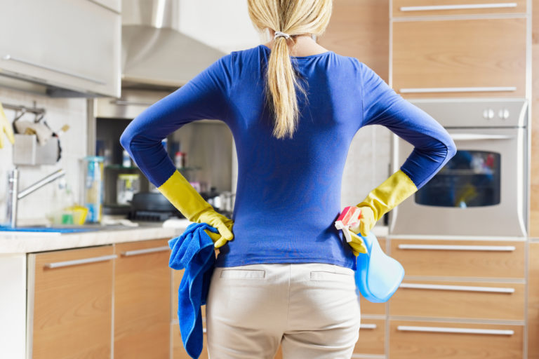 10 important kitchen hygiene rules to follow